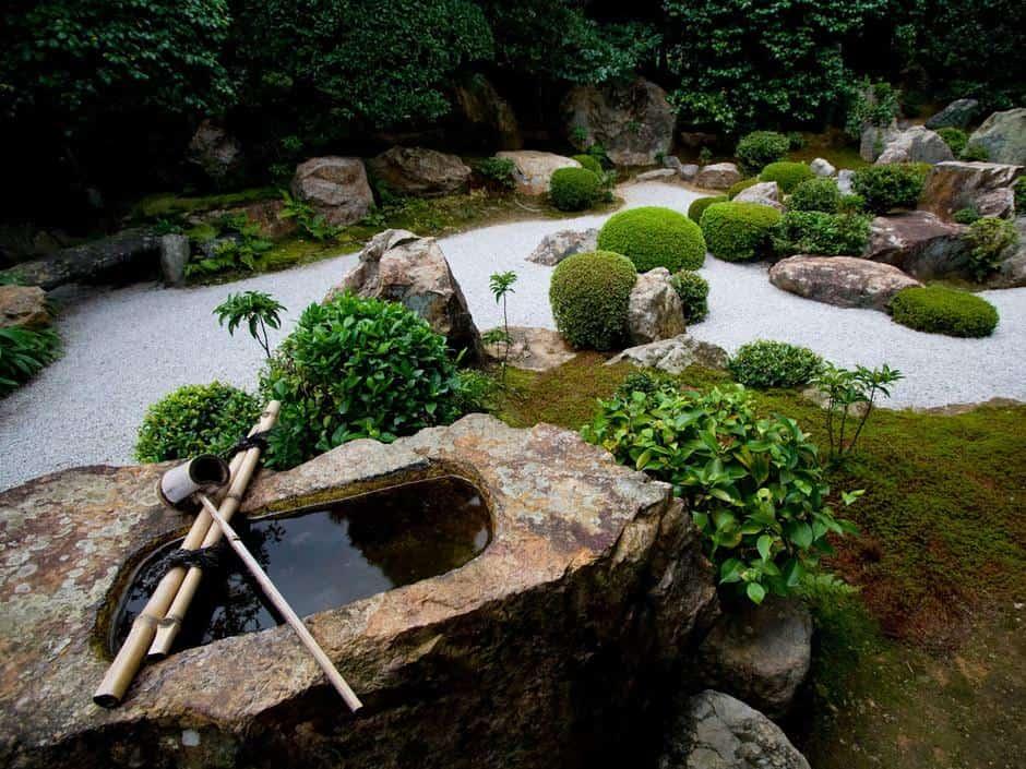 Fontaines à bascule en bambou (shishi odoshi)