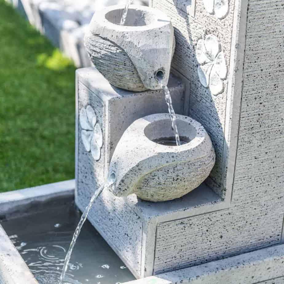 fontaine de jardin idée béton