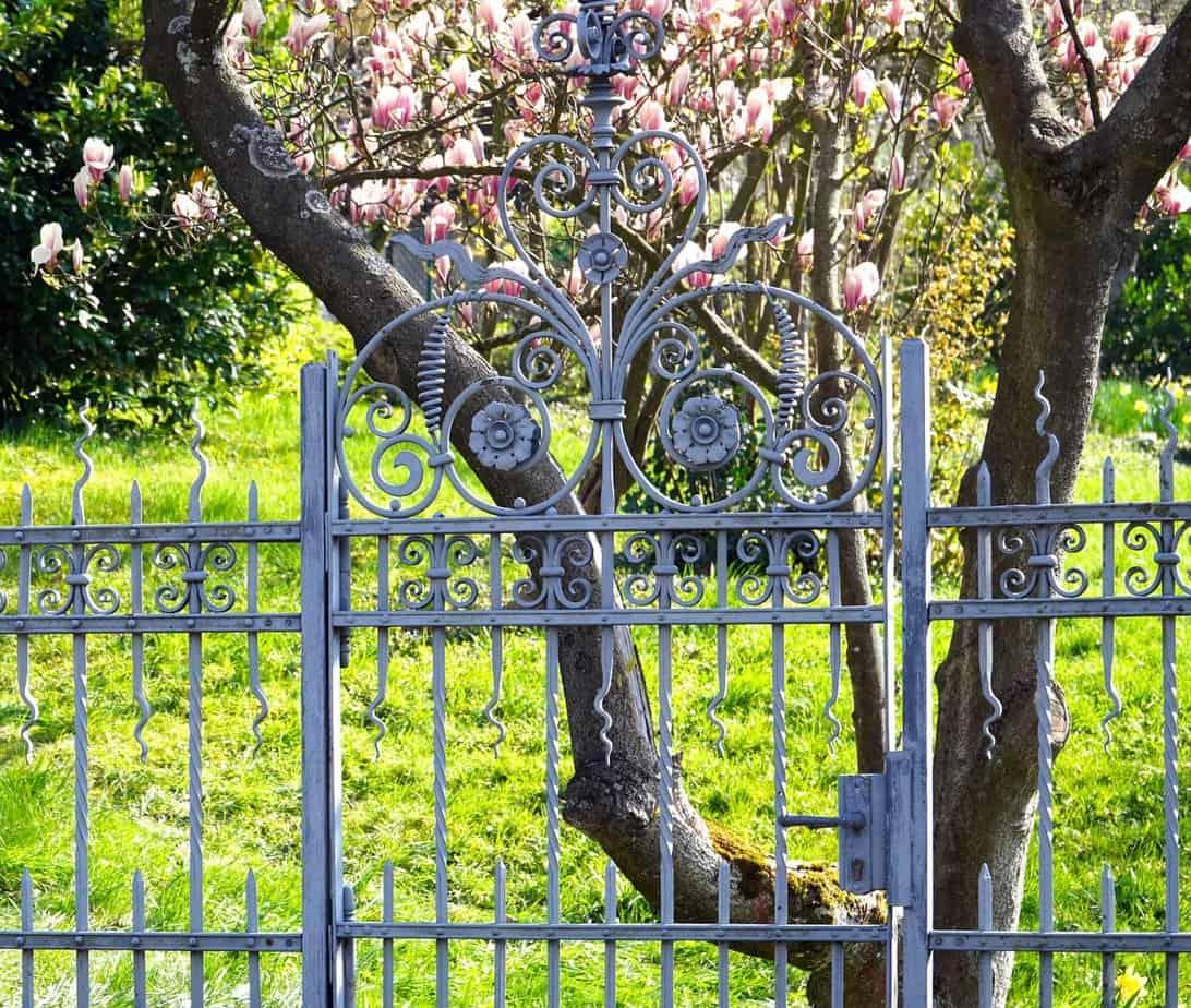 clôture en acier