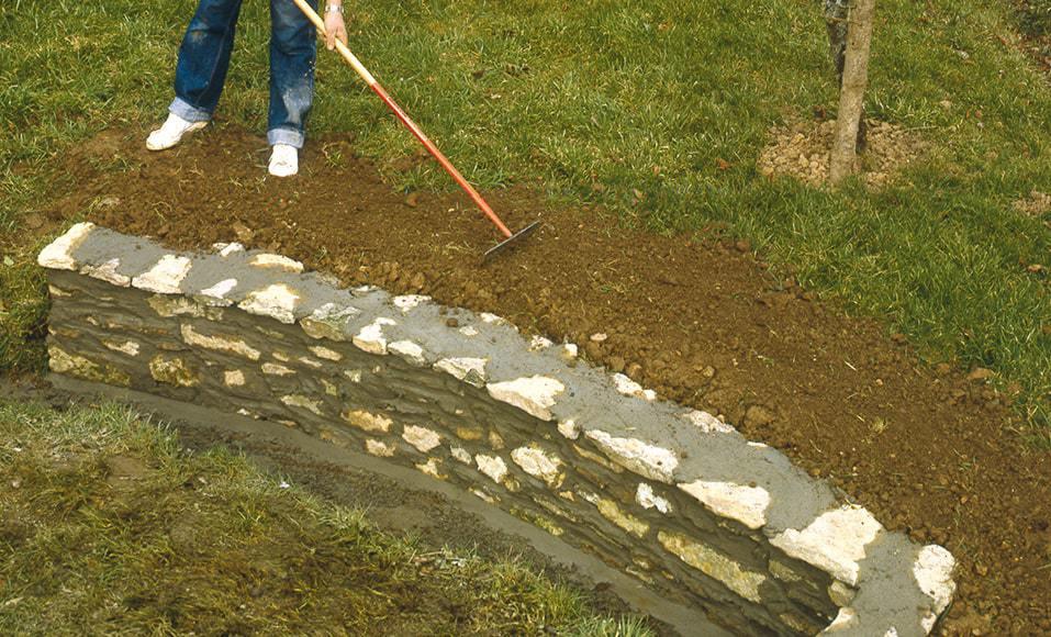 construire une muret en pierre