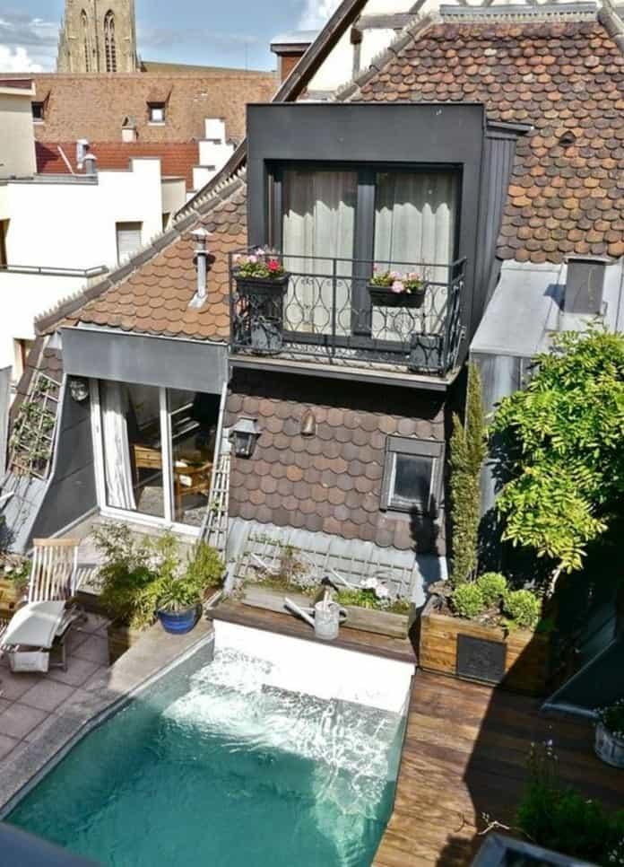 terrasse tropézienne avec piscine