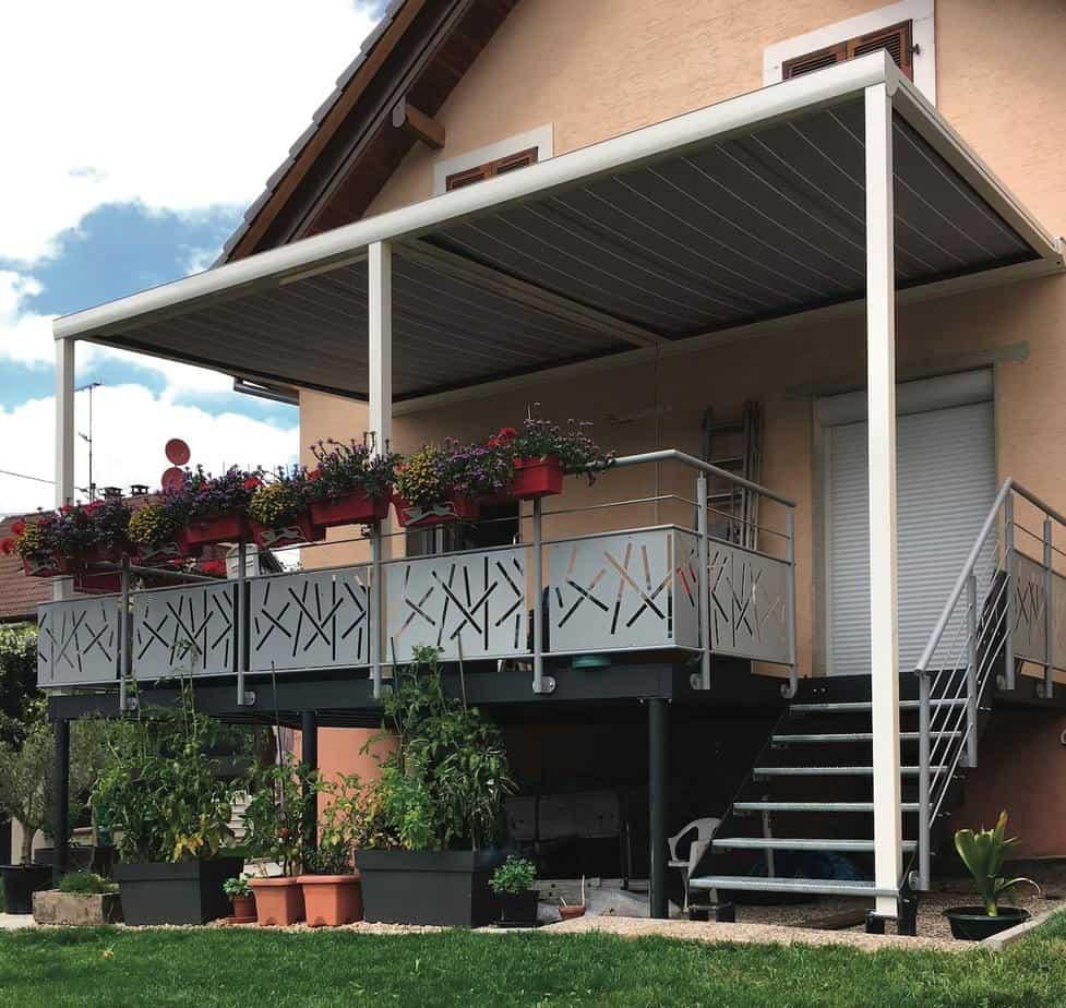 terrasse suspendue métallique