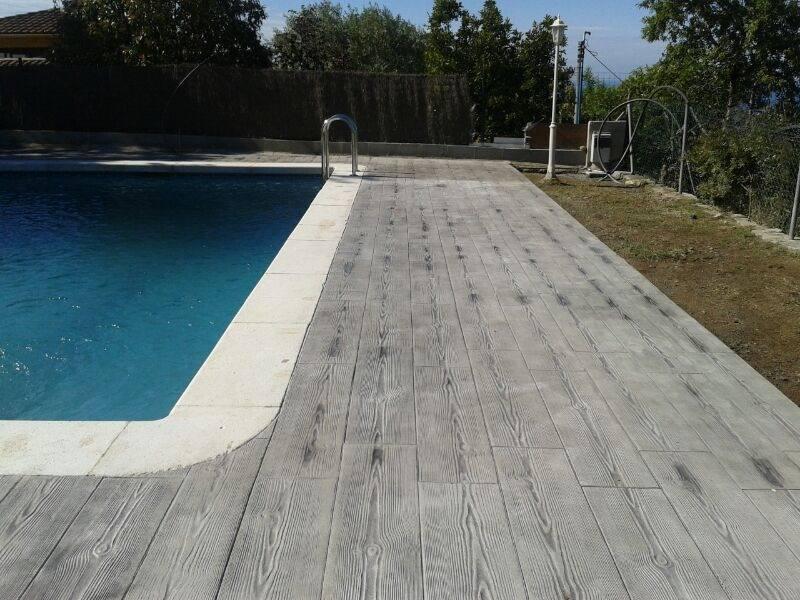 carrelage de terrasse de piscine