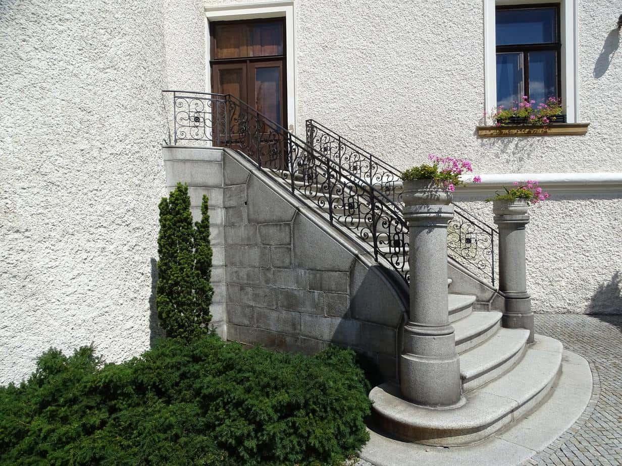 escalier entrée maison